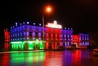Наружное освещение: архитектурное освещение зданий, фасадов дома в Туапсе
